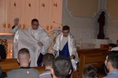 Adoracja dla młodzieży 19.11.2015r  005