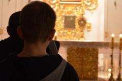 Adoracja dla młodzieży 19.11.2015r  012